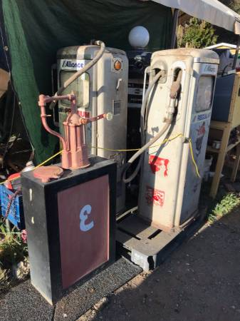 Photo National gas pump - $700 (Prunedale)