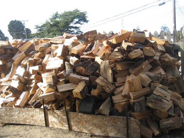 Photo PINE FIREWOOD FOR SALE - $15 (MONTEREY)