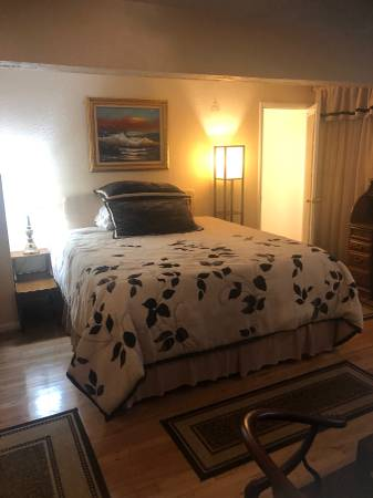 Photo Pebble Beach large bedroom wattached bath $1500 (PB)