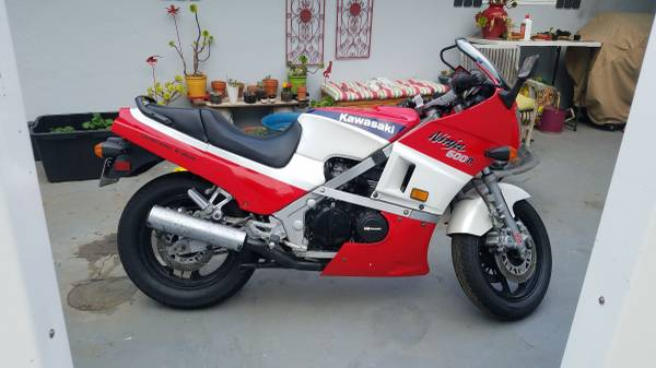 Photo Price down - 1985 Kawasaki Ninja 600r GPZ600 - $1,900 (Monterey)