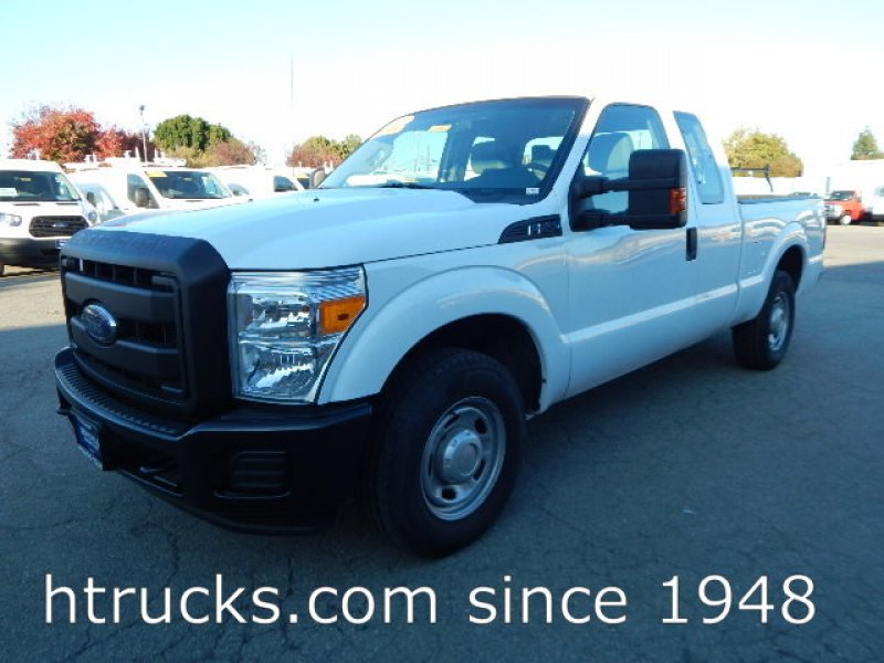 Photo Used 2013 Ford F250 XL for sale