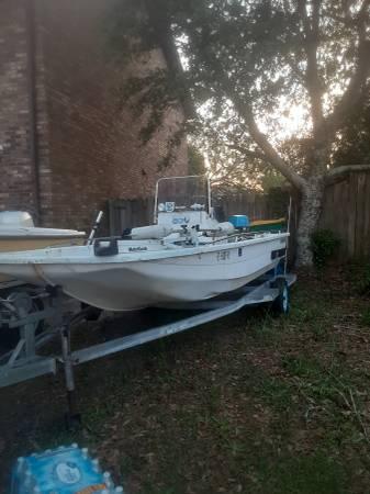 Photo 16 center console flats skiffbay boat - $4,000 (Destin)