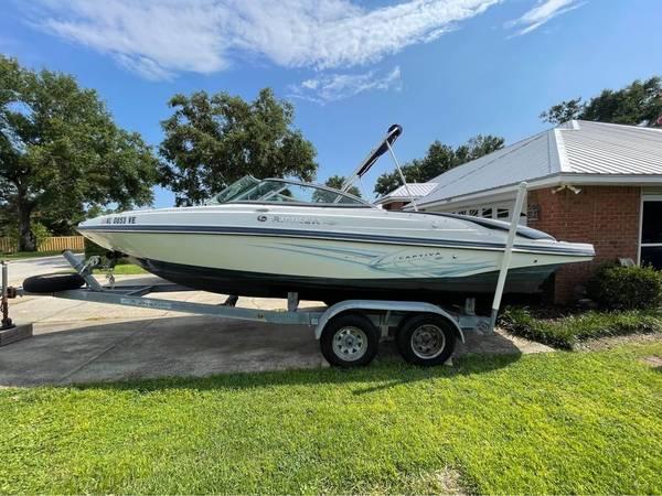 Photo 2012 226 Captiva Rinker 23 ft boat - $27,500 (Auburn AL)