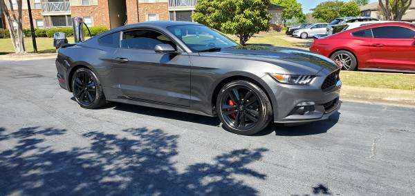 Photo 2017 Ford Mustang Ecoboost Performance Package - $23,000 (Montgomery)