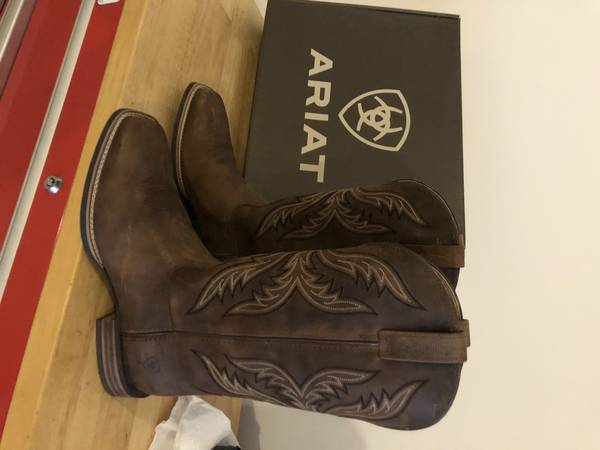 Photo Ariat Boots - $125 (Pike Road)