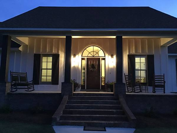 Photo Custom built home on 4 acres (Eclectic)