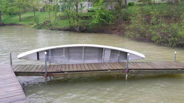 Photo 1739 3 person Aluminum Canoe - $400 (Mogadore)