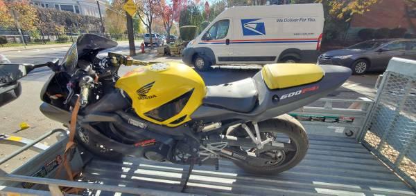 Photo 2002 Honda CBR 600 F4i - $800 (Pittsburgh)
