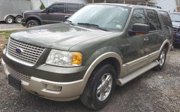 Photo 2005 Ford Expedition. KEYS FOUND - $5,500 (Masontown, WV)