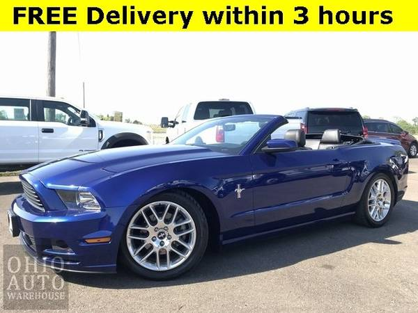 Photo 2014 Ford Mustang V6 Premium Convertible Navi Leather Clean Carfax We - $13500 (Easy Financing - (330) 752-4461)