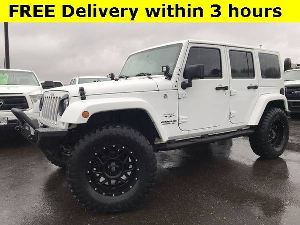 Photo 2017 Jeep Wrangler Unlimited Unlimited Sahara LIFTED New WHEELTIRES N - $28463 (Easy Financing - (330) 752-4461)