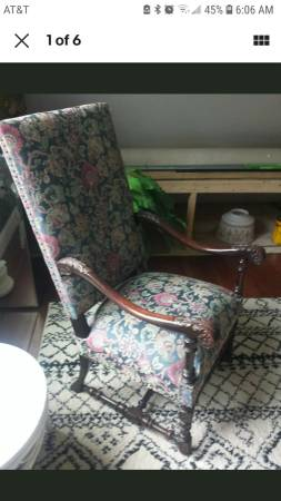 Photo Antique High Back Carved Chippendale Chair Oversized Arm Chair Beautif - $150 (Fairmont)