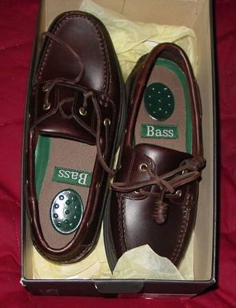 Photo Brand NEW Men39s Bass Dark Brown Size 8 M Shoes - $20 (North Hills)