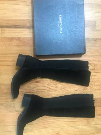 Photo Kenneth Cole quotLinaquot knee-high black suede women39s boots 7.5 medium - $115 (fox chapel)