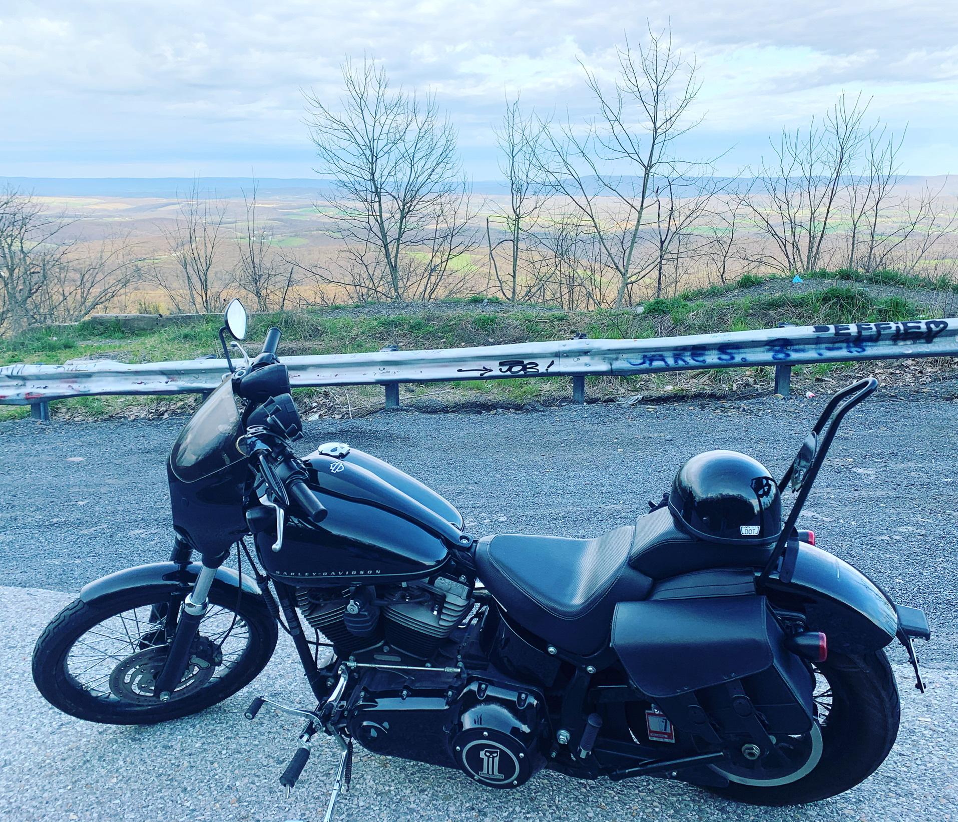 Photo 2012 Harley-Davidson BLACKLINE $11399241.66241.66