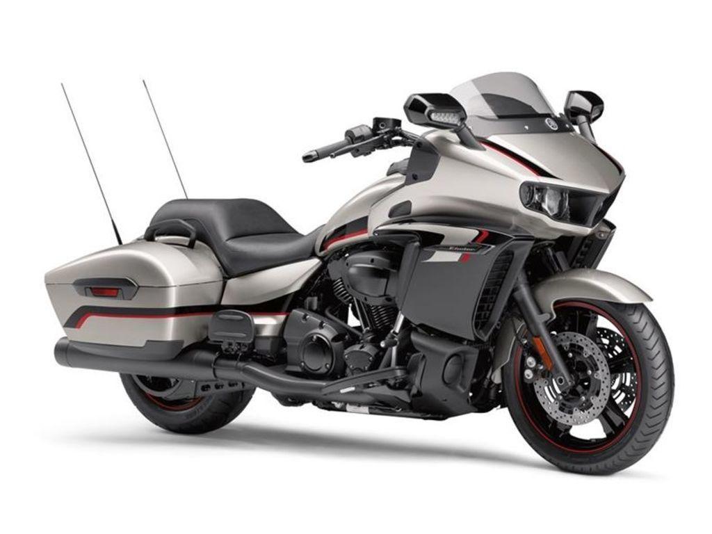 Photo 2018 Yamaha Touring Motorcycle  $17099