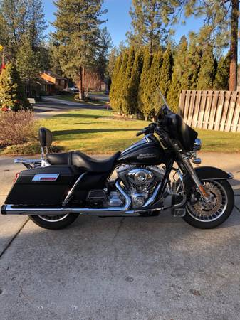 Photo 2009 Harley Davidson Electra glide - $8,000 (Spokane)