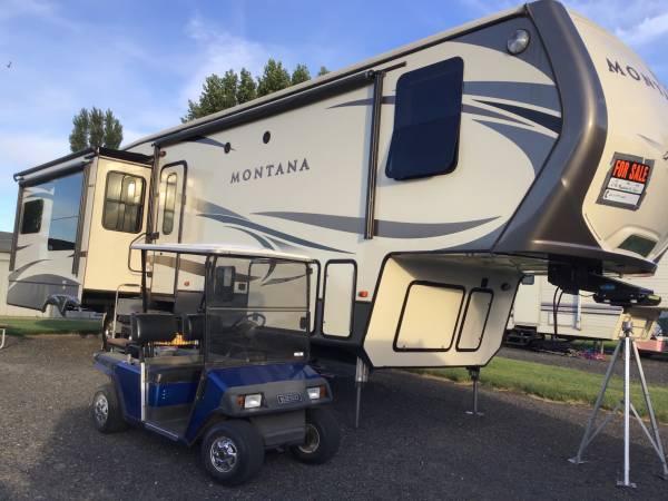 Photo 2016 Montana 5th Wheel Trailer - $62,000 (OSullivan Sportsman Resort)