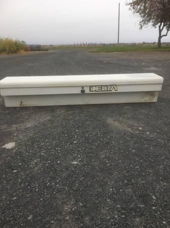 Photo Delta long tool box lockable - $50 (Moses Lake WA)