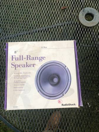 Photo Radio Shack 8quot Full-Range Speaker 40-1244 35 watt New in Box NOS - $10 (Soap Lake)