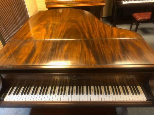 Photo STEINWAY BABY GRAND PIANO, MODEL M - $16,500 (Auburn)