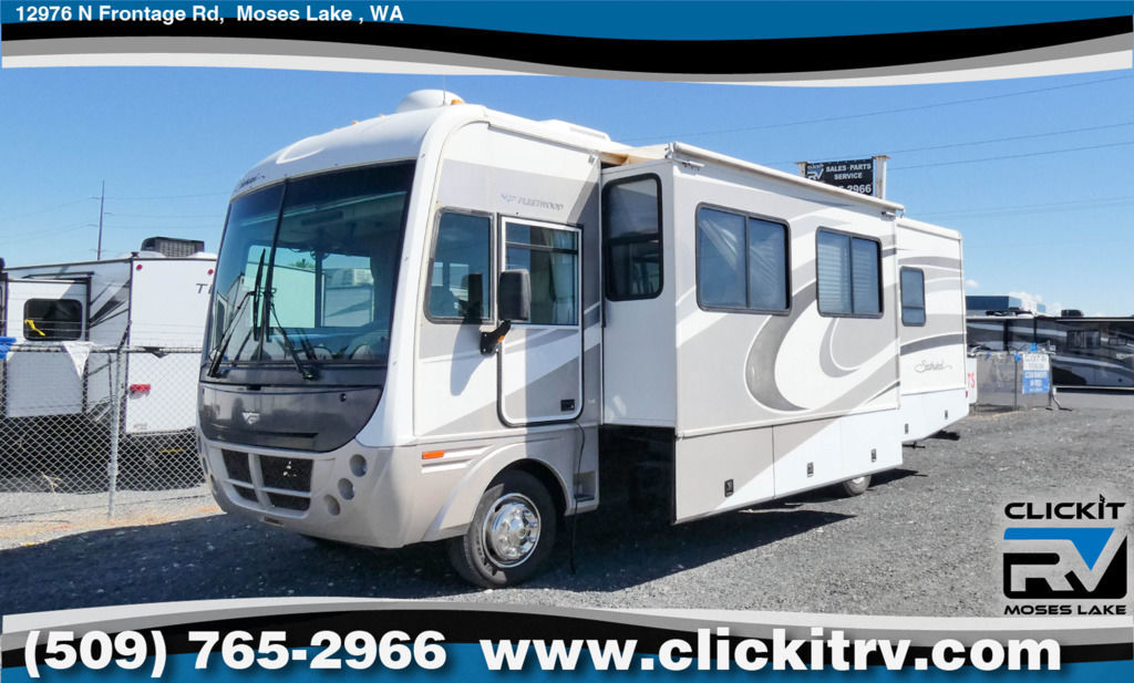 Photo Used 2006 Fleetwood Class A RV  $44990