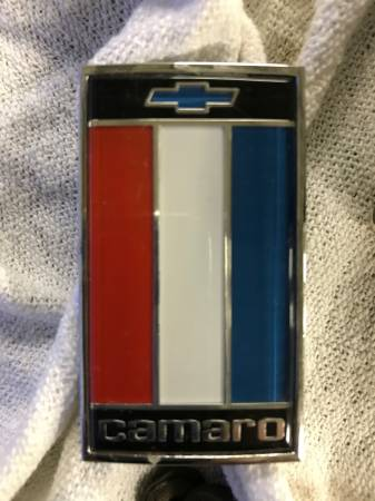 Photo 1975 - 1977 Camaro Front Emblem NOS - $44 (Mentone In.)