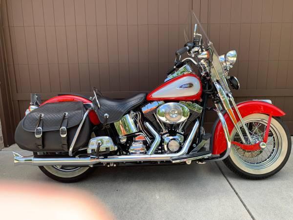 Photo 2002 Harley-Davidson Heritage Softail Springer - $13,500 (Westfield)