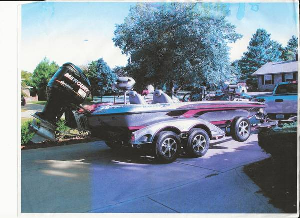 Photo 2010 Ranger Z520 Commanche Bass Boat w motor, cover  trailer - $39,900 (Greenwood, IN)