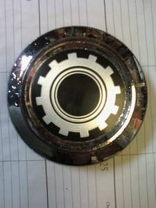 Photo FORD MAVERICK PARTS DOOR HANDLES GAS CAP EMBLEMS BOOMERANG CHROME LS - $10 (GASTON)