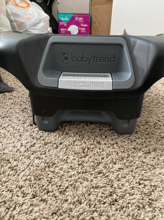 Photo Free Baby Trend Ally 35 car seat base