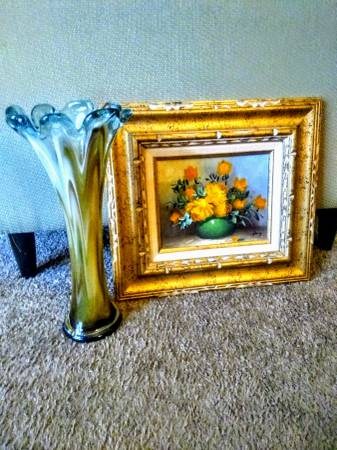 Photo Murano, Hand blown, Art glass vase, plus oil painting--made in Mexico. - $20 (Speedway)