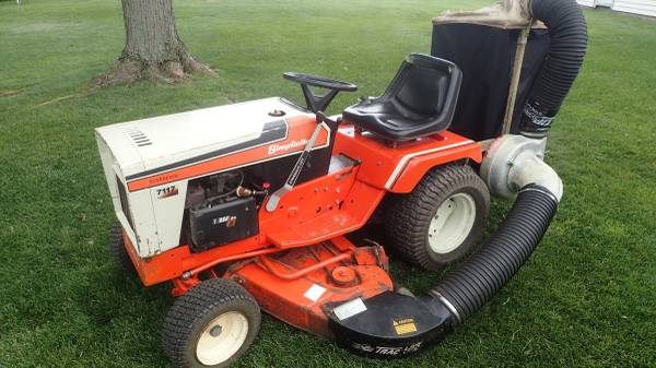 Photo Simplicity 7117 Garden Tractor - $1,195 (Yorktown)