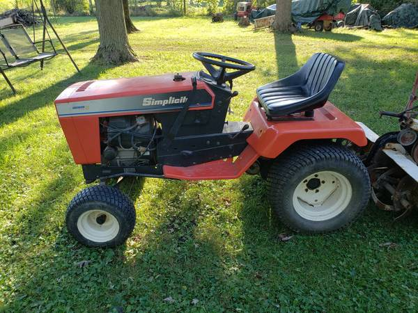 Photo Simplicity SovereignAgco Allis 918 with tiller - $1,699 (MuncieAlbany, IN)