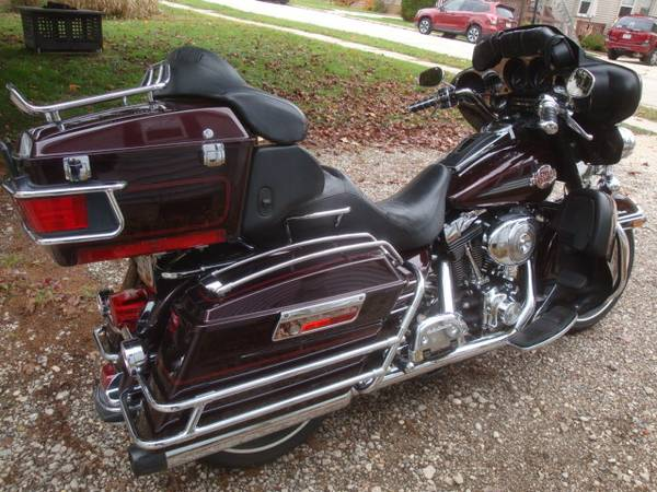 Photo 1995 Harley Ultra Classic ( Upgraded ) - $7,450 (Plymouth (45 min. North of Milwaukee))