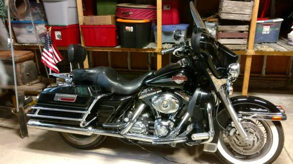 Photo 2007 Harley Davidson Electra Glide Ultra Classic - $10,000 (Kent City)