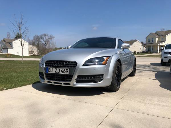 Photo 2008 Audi TT coupe - $9,100 (Muskegon)