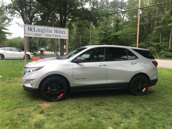 Photo 2019 Chevy Equinox 2LT Redline AWD - $27,500 (North Muskegon)