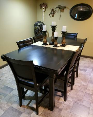 Photo AMERICAN HERITAGE 3-in-1 Table. Dining - Card Game Surface - Craps Tab - $2,000 (NORTON SHORES)