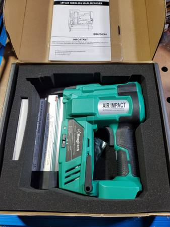 Photo Cordless brad nailer and stapler - $100 (West Olive)