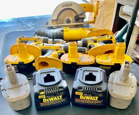 Photo DeWalt Tools set  Drill Press - $145 (SPRING LAKE, MI)