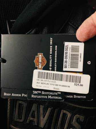 Photo Mens Harley Davidson jacket - $400 (Muskegon)