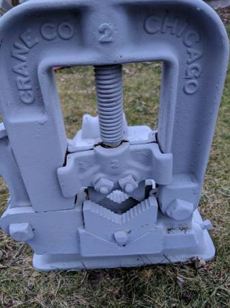 Photo New pipe cutter and pipe vice stand - $50 (Muskegon)