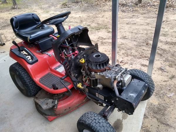 Photo simplicity riding lawn mower (for parts) - $1 (Twin Lake)
