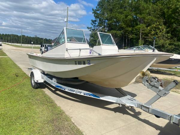 Photo 18ft McKee craft - $5,500 (Conway)