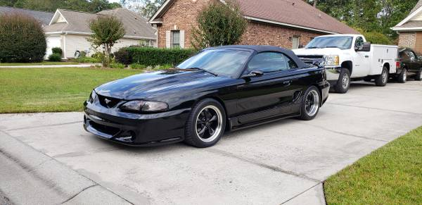 Photo 1995 Ford Mustang GT Convertible - $12,900 (CONWAY)
