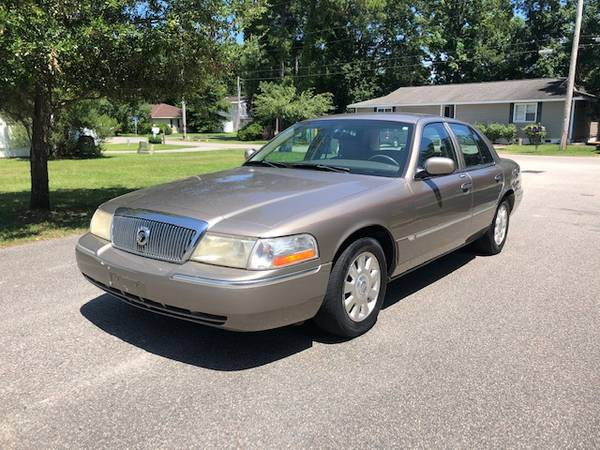 Photo 2004 Mercury Grand Marquis - $3500 (Surfside Beach)