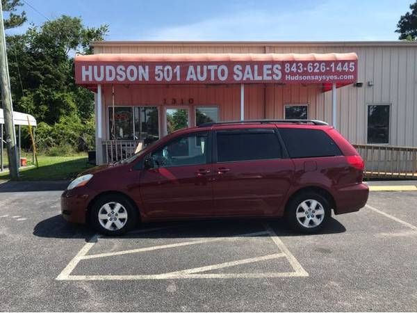 Photo 2009 Toyota Sienna LE Low Miles Buy Here Pay Here (Myrtle Beach)