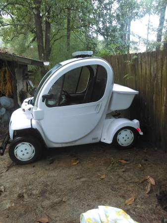 Photo 2011 GEM Electric Vehicle Model E2 - $7,750 (Georgetown)