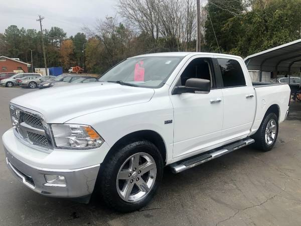 Photo 2011 Ram 1500 4WD Crew Cab 140.5quot BIG HORN $1500 DOWN OR LESSBUY HERE - $13,995 (2011 Ram 1500 4WD Crew Cab 140.5quot BI)